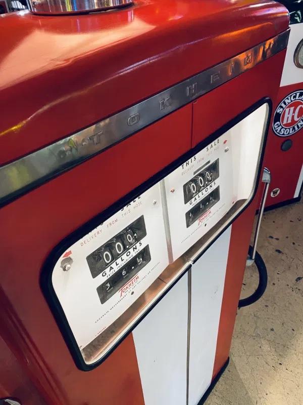 pompe essence déco