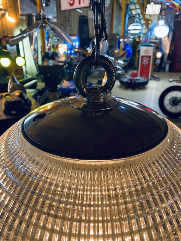 lampe industrielle suspension
