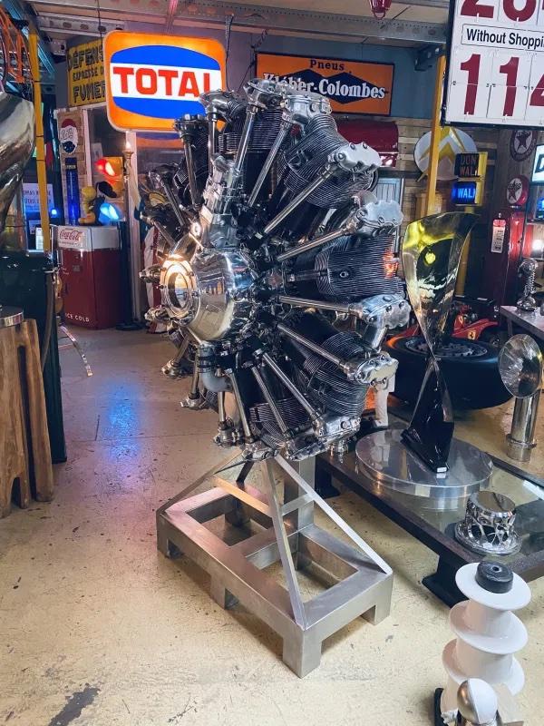 moteur d'avion rétro