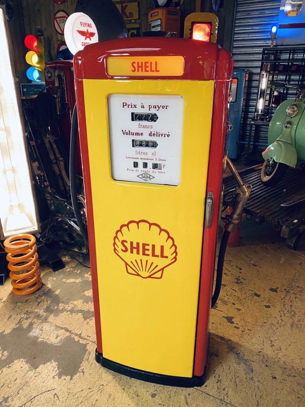 pompe essence vintage