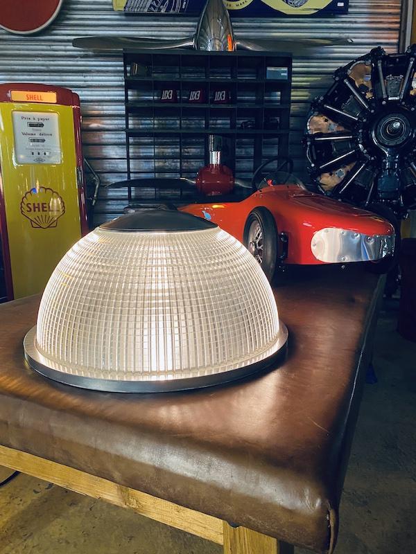 luminaire industriel ancien