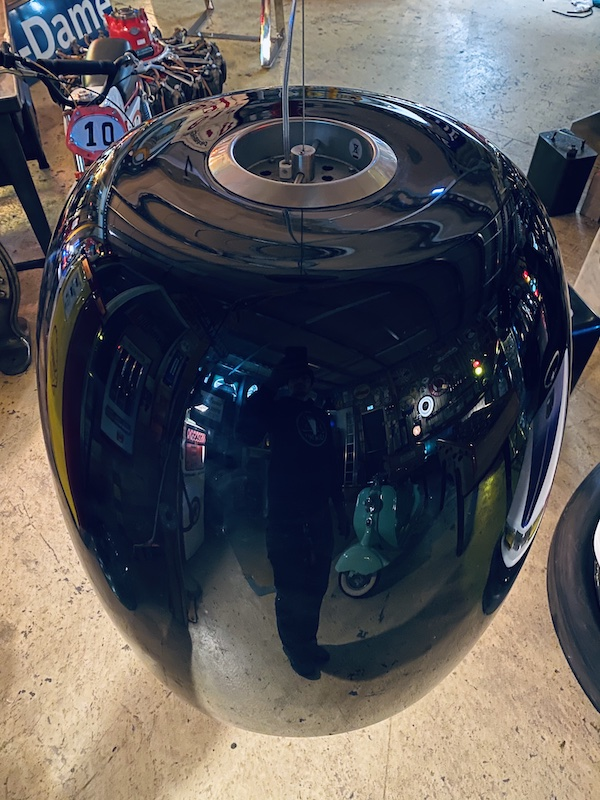 suspension industrielle en verre