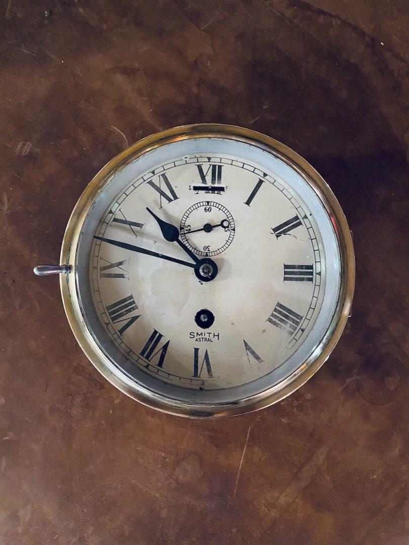 Horloge ancienne en bronze