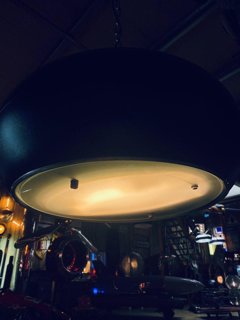 lampe industrielle ancienne