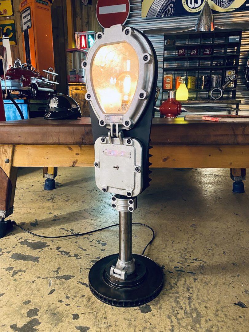 Lampadaire industriel loft